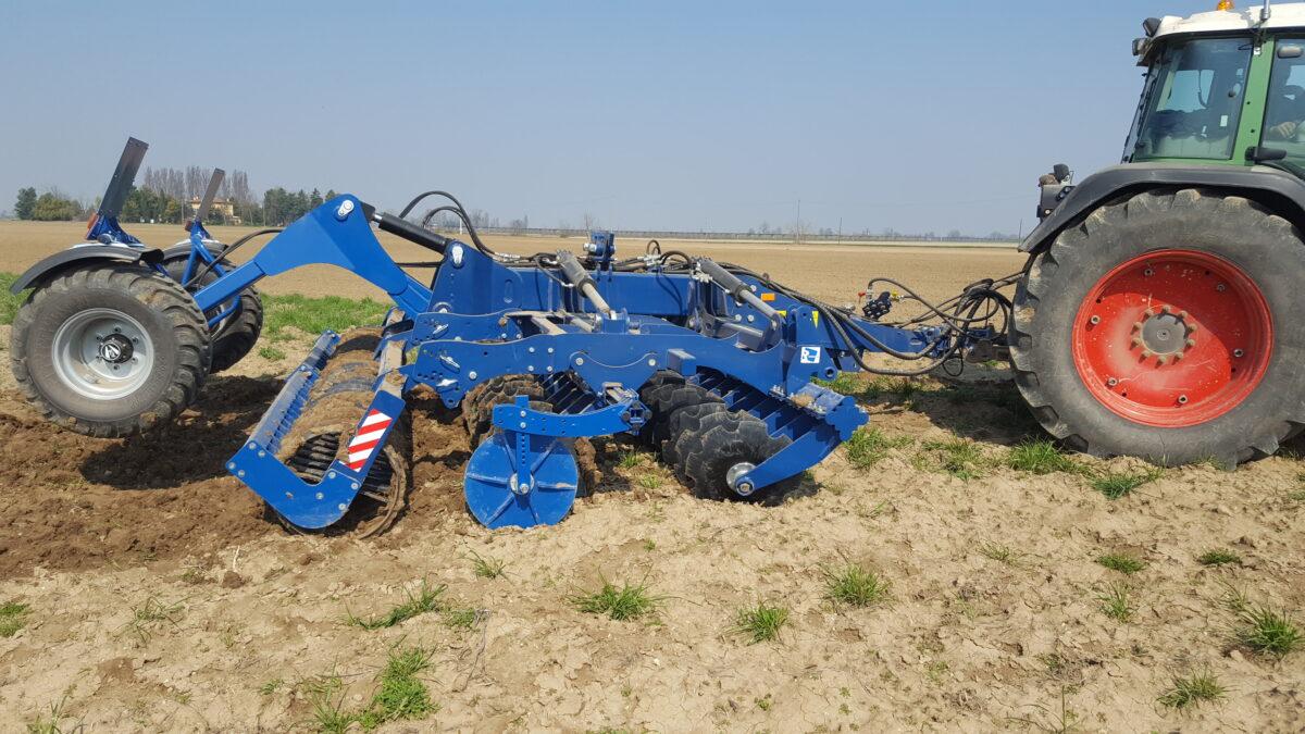 Rolmako poljoprivredni stroj
